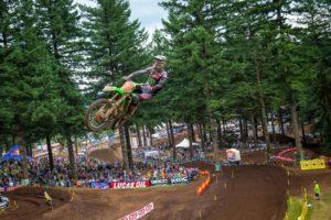 AMA Motocross: Tomac com vitória surpreendente em 450 thumbnail