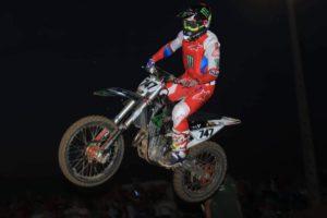 CN Supercross: Hugo Basaúla vence corrida imprópria para cardíacos! thumbnail