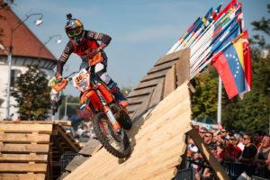Red Bull Romaniacs: Taddy Blazusiak vence prólogo thumbnail