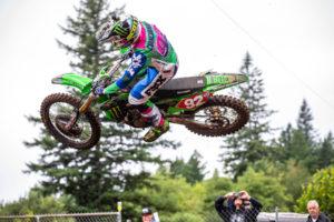 AMA Supercross: Adam Cianciarulo ao lado de Eli Tomac em 2020 thumbnail