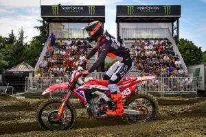 MXGP Imola: Tim Gajser vence corrida de qualificação e prepara-se para ser campeão do mundo thumbnail