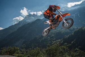 AMA Motocross: KTM e Husqvarna elétricas vão poder competir nos campeonatos amadores thumbnail