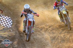 Motocross: Ricardo Freire prepara época em Espanha e França thumbnail