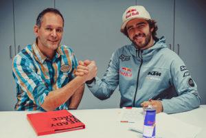 "Manuel Lettenbichler: ""Estou muito entusiasmado por me juntar à Red Bull KTM"" thumbnail"