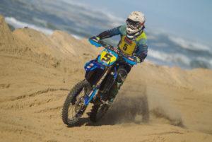 Hossegor-Capbreton Beach Race: Kellett leva a melhor sobre Watson thumbnail