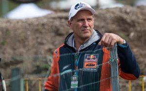 """Heinz Kinigadner, KTM: """"Quando se é projetado a 150 km/h é preciso esperar o pior"""" thumbnail"""