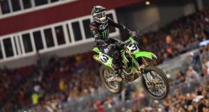 AMA Supercross 450, Tampa: Eli Tomac domina e leva a placa vermelha thumbnail