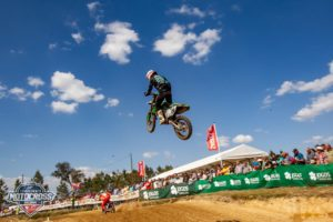 Vídeo Motocross: Daniel Pinto salto o triplo no Granho! thumbnail