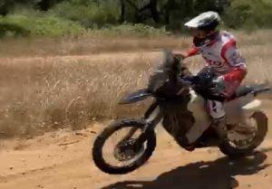 Vídeo Rally Raids: Sebastian Bühler a fazer voar a Hero no Alentejo! thumbnail