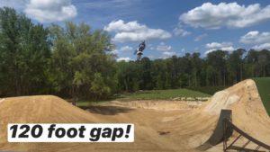 Vídeo Supercross: Dean Wilson tenta salto de 37 metros! thumbnail
