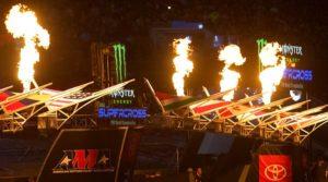 AMA Supercross: Corridas sem público levam a redução dos prémios dos pilotos thumbnail