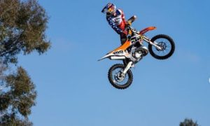 "Moto Fite Klub, Travis Pastrana: ""Prometo que vai ser um espetáculo dos diabos"" thumbnail"