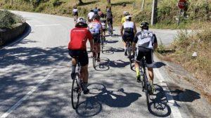 """""""Tour da Lousã"""": O treino de ciclismo com 8 campeões das motos! thumbnail"""