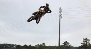 Vídeo Motocross: O regresso de Luís Outeiro aos treinos thumbnail