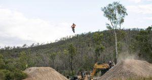 Vídeo: O salto de 60 metros de Toby Price! thumbnail