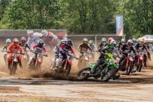 Vídeo Motocross: O resumo do MX Internacional de Arnhem thumbnail