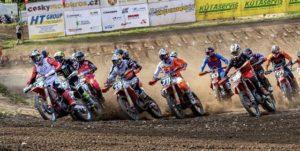 Vídeo Motocross: As imagens de Vialle, Hofer e Geerts em Dalecin thumbnail