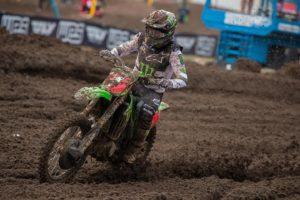 Vídeo AMA Motocross 450, Ironman: Eli Tomac impõe-se na segunda manga thumbnail