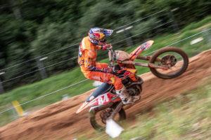 """Motocross Holanda: Jeffrey Herlings """"dobra"""" quase todo o pelotão em Boekel thumbnail"""