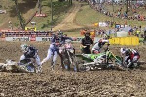 Vídeo AMA Motocross 250: A queda de Ferrandis no arranque thumbnail