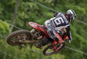"AMA Motocross 250, Red Bud 1: ""Dobradinha"" de Jeremy Martin thumbnail"
