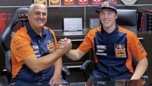 MX2: Mattia Guadagnini na Red Bull KTM em 2021 thumbnail