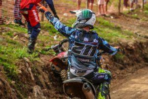 Motocross Brasil: Paulo Alberto vence manga de MX1 em Apiaí! thumbnail