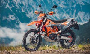 KTM revela novas 690 Enduro R E 690 SMC R thumbnail