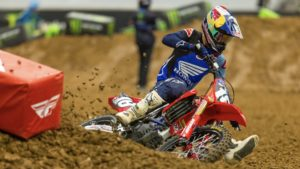 AMA Supercross 250, Houston 2: A estreia de Jett Lawrence thumbnail