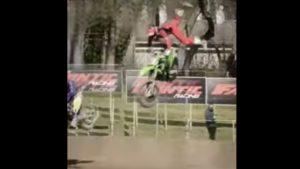 Vídeo Motocross: A queda de Mikkel Haarup em Mantova thumbnail