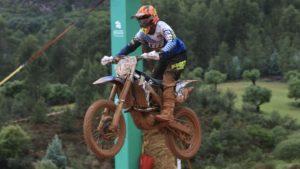 CN Motocross, Alqueidão, Treinos MX1/MX2: Melhor tempo para Luís Outeiro thumbnail