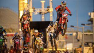 Vídeo AMA Supercross 450: O resumo de Salt Lake City 1 thumbnail