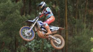 CN Motocross, Alqueidão, MX1/MX2: Soulimani bate Alberto na última volta! thumbnail