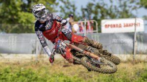 MX2, Grã-Bretanha: Ruben Fernández líder do campeonato do mundo! thumbnail