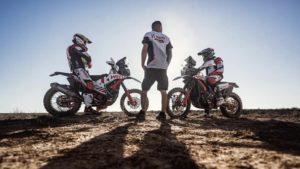 CM Rally Raids: Rodrigues e Bühler vão participar no Silk  Way Rally thumbnail