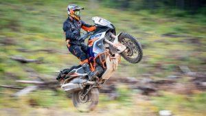 Novo conjunto Terra Adventure da KTM thumbnail