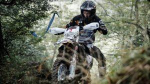 Red Bull Romaniacs, 2.º dia: Graham Jarvis abandona lesionado thumbnail