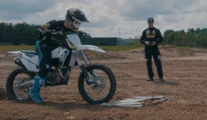 Tutoriais de Motocross: Segredos de pilotagem explicados por Olsen e Jasikonis thumbnail