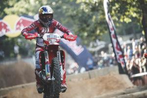 """Hard Enduro, Polónia – Blazusiak: """"Não ando de moto desde o TKO"""" thumbnail"""